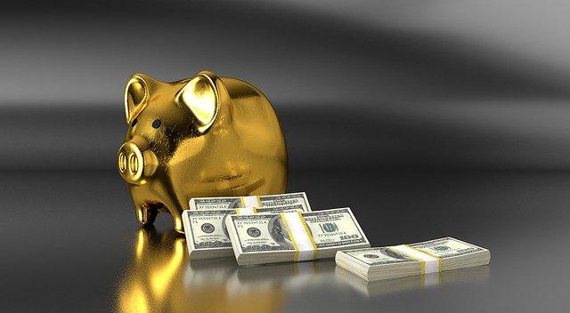 pożyczka czy kredyt